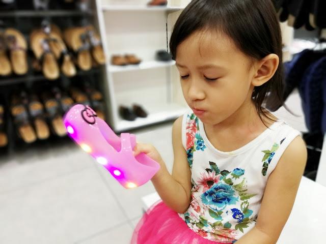 Bata pilihan kasut raya 2018, kasut raya, bata, bata malaysia, kasut raya, kasut raya anak, kasut raya keluarga, kasut raya perempuan ,kasut raya lelaki, kasut raya wanita, kasut wedges, beg raya, marie claire,