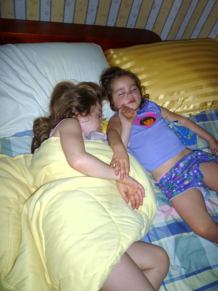 sleeping Teen naked girls