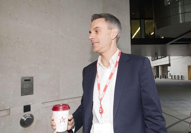 Le patron de la BBC veut faire disparaître les humoristes de gauche de ses antennes