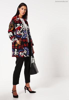 Abrigos de moda desigual