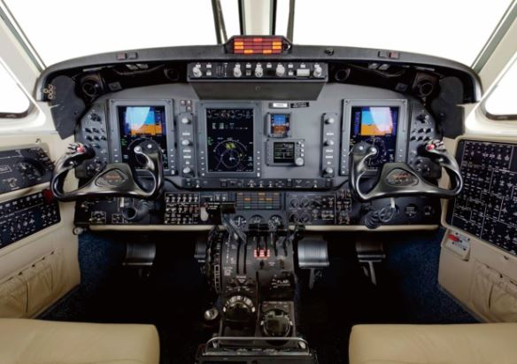 Beechcraft King Air 250 cockpit