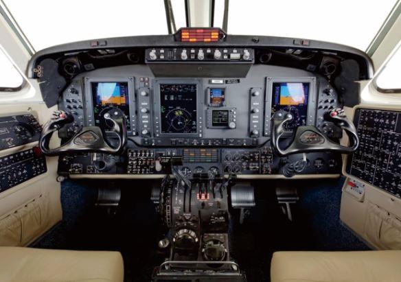 Beechcraft King Air 250 cockpit