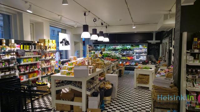 oragnic fruits, vegetables and more at Anton & Anton in Kruunuhaka