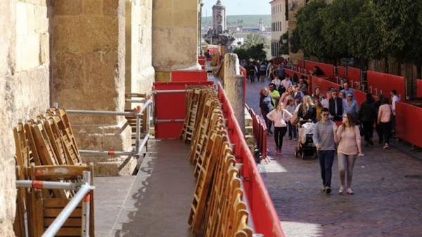 A la venta las últimas sillas para la carrera oficial de la magna procesión de Córdoba