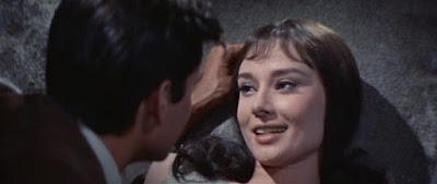 Audrey Hepburn, Anthony Perkins, Lee J. Cobb y Sessue Hayakawa
