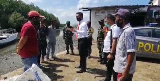 Kanit Reskrim Berikan Himbauan Kepada Masyarakat yang Mau Menyeberang Ke Tanakeke