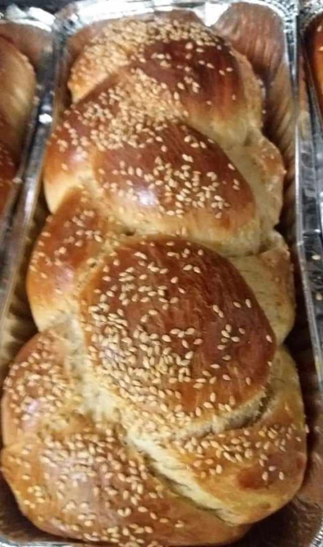 Η Συνταγή της Ημέρας: Κορδονάτα Τσουρέκια