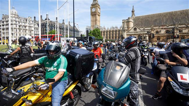 London delivery drivers protest against rise in acid attacks