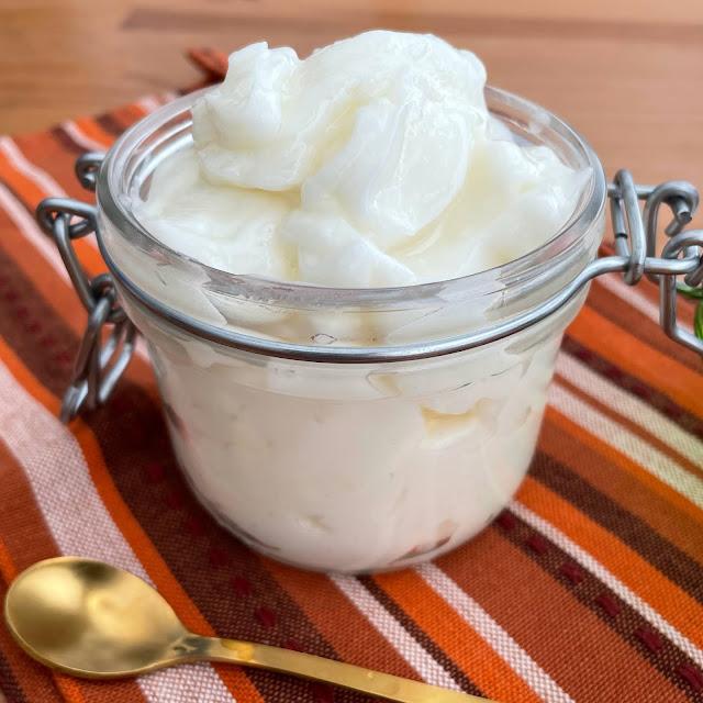 lebanese garlic sauce toum
