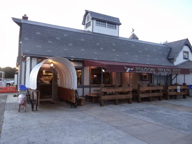 Barbecue Restaurant Rotterdam.Walkabout With Wheels Blog Wagon Train Bbq In Rotterdam New York