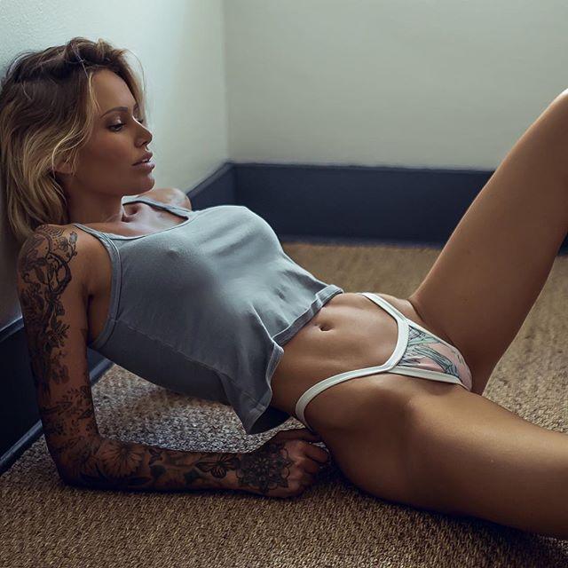 Tina Louise em 20 fotografias
