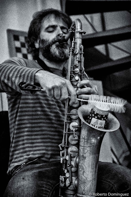 © Roberto Domínguez -Cirera_Pallares_Colomer_La Base