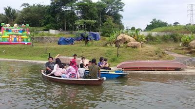 Pasar Ah Poong dan Eco Art park Sentul