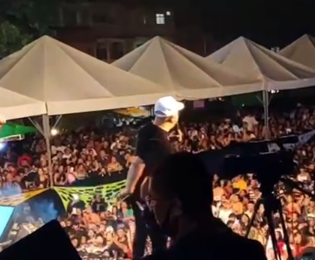 Belo é preso por show em escola na Maré durante a pandemia  - Adamantina Notìcias