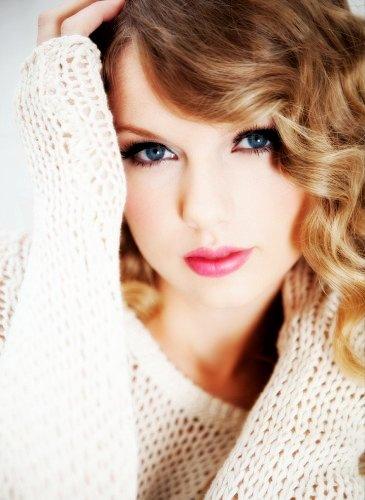 World top Entertainer Celebrity DP