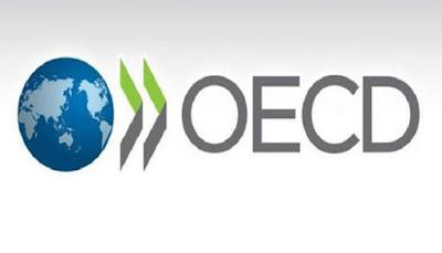 برنامج OECD Internship هو راتب قدره 700 يورو شهريًا