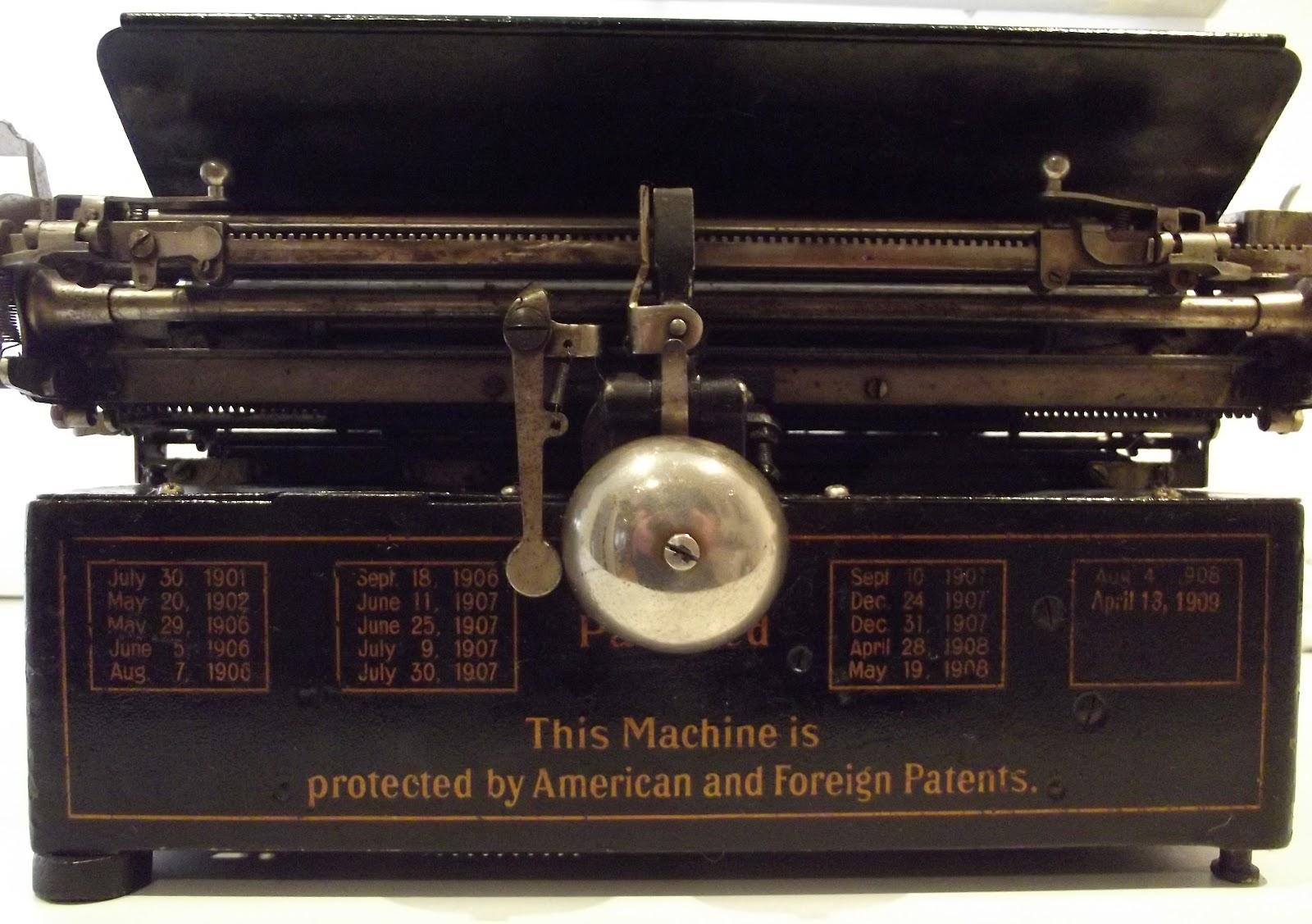 oz Typewriter: The Sorry Saga of the Royal Standard 1 Typewriter