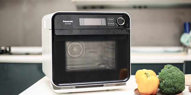 Panasonic Revolutionary All-In-One Cubie Oven
