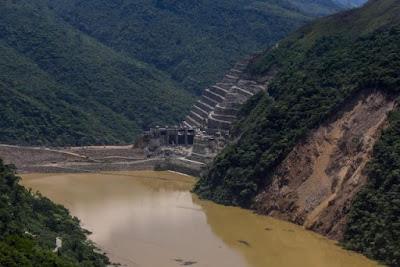 Colapso en represa Hidroituango Colombia