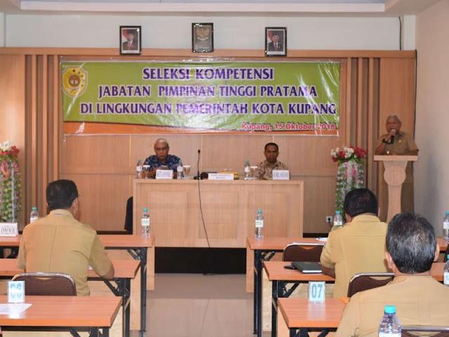 Hermanus Man Buka Seleksi Kompetensi Jabatan Pimpinan Tinggi Pratama di Kota Kupang