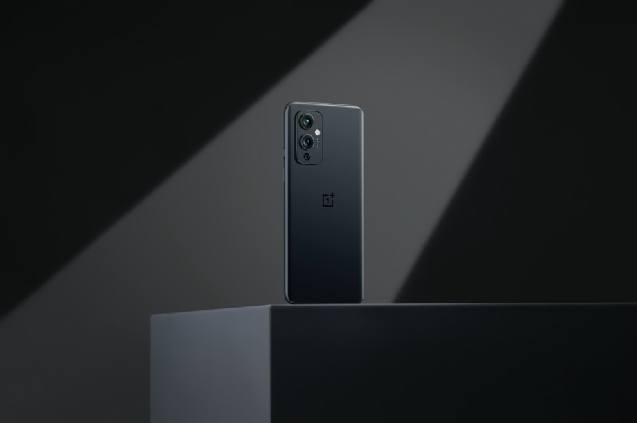 OnePlus Launches OnePlus 9 Series Flagship Smartphones and First-Ever OnePlus Watch