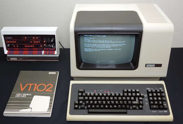 VT102 connected to PiDP-11
