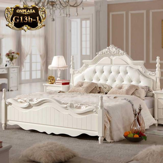 Mẫu giường ngủ phong cách cổ điển nhập khẩu
