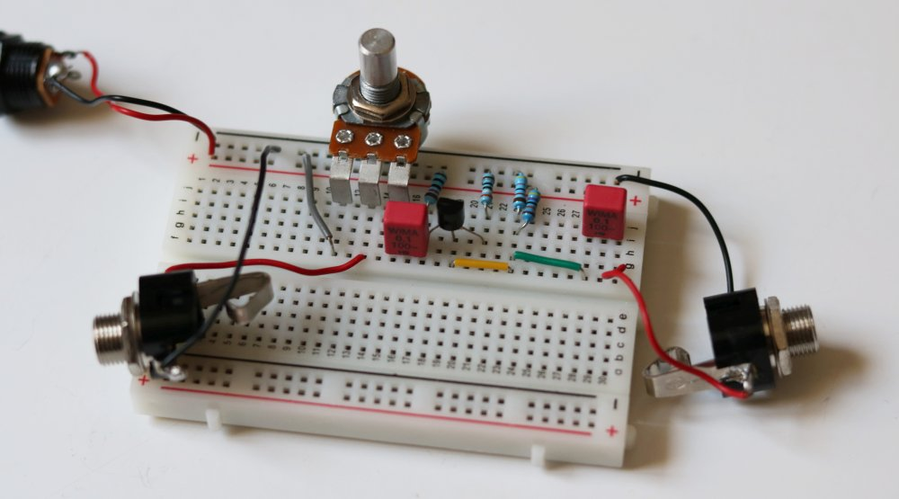 DIY guitar effect breadboard tutorial