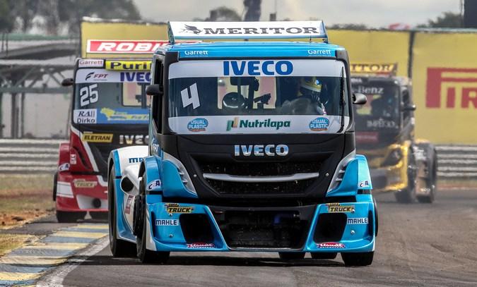 FPT Industrial acelera caminhões IVECO na terceira etapa da Copa Truck