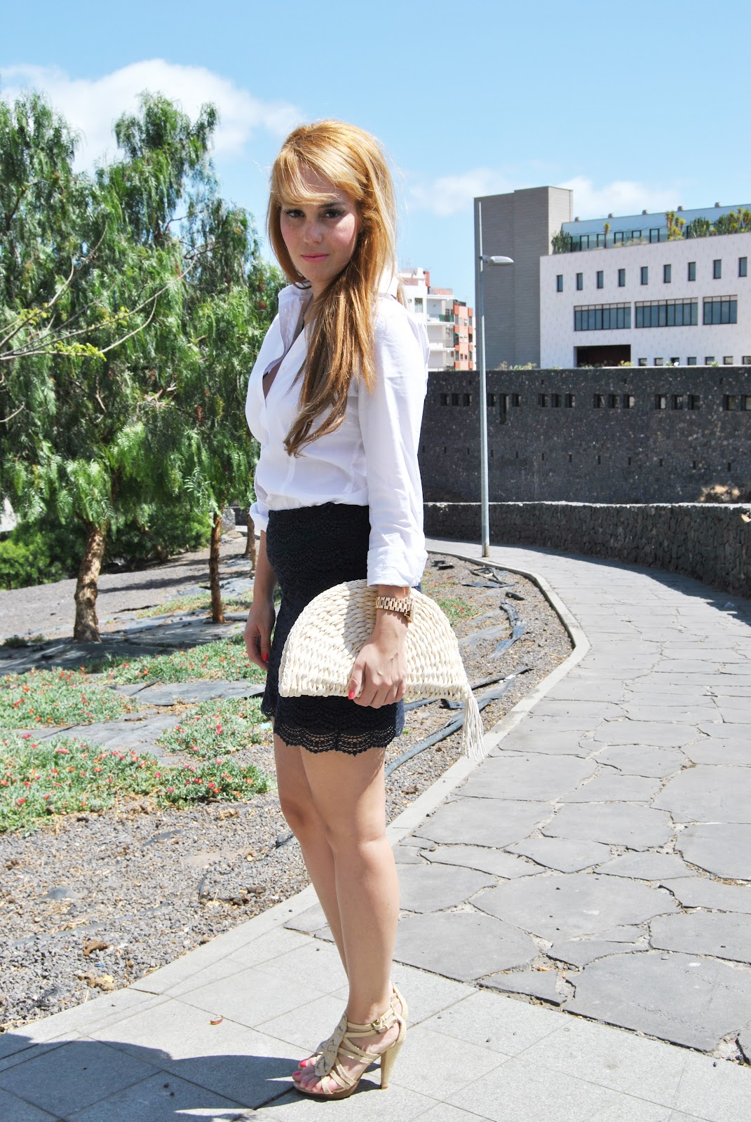 nery hdez, bussines look, diez lunas ibiza, falda de encaje, lace skirt