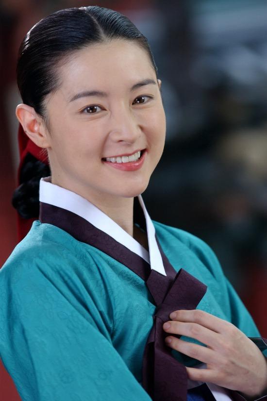 Ketahui rahsia kecantikan pelakon utama Saimdang | Lee Young Ae