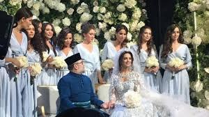 ملك ماليزيا يتزوج ملكة جمال روسيا بعد إشهار إسلامها