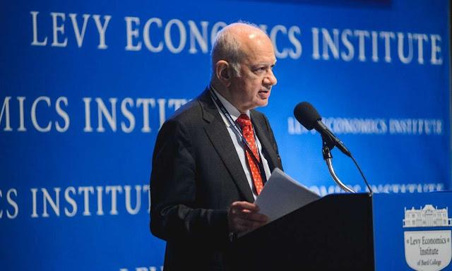 """""""Οι οικονομολόγοι  μεταβάλουν ριζικά τις απόψεις τους όταν υπουργοποιούνται""""...!"""
