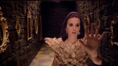 Katy-Perry-Wide-Awake-Music-Video