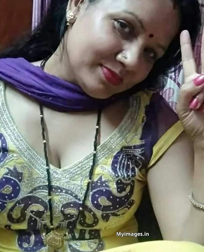 Indian hot aunty photo