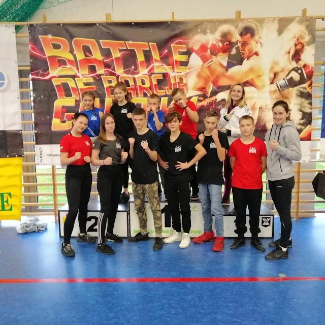 Akademia Zwycięzcy, sport, dzieci, boks, kickboxing, muay thai, Batle Of Barcja, Kinga Szlachcic, Adriana Marczewska