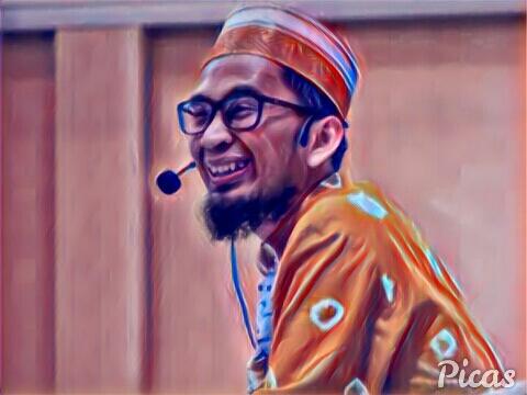 Adi Hidayat