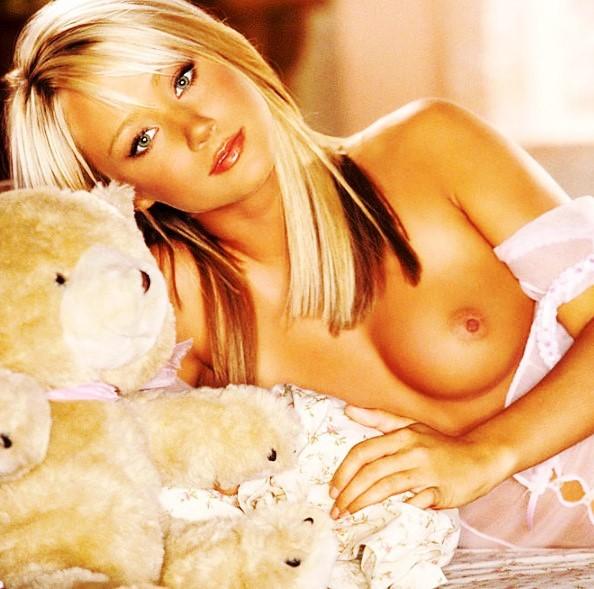 эротика на www.eroticaxxx.ru - Девушка дня - эротика от Sara Jean, эротические фото Underwood