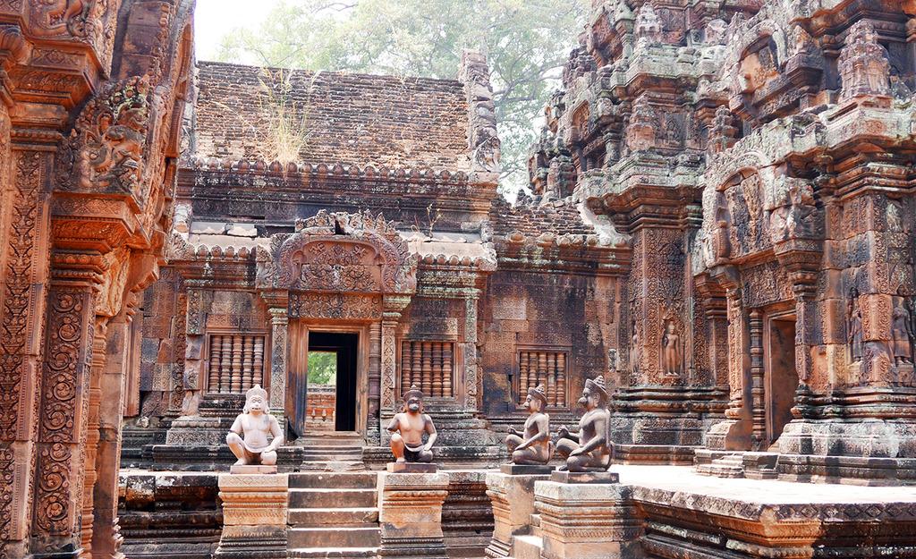 Euriental - Banteay Srei temple, Siem Reap, Cambodia