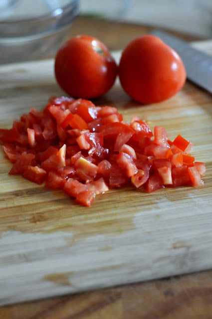 Diced Tomatoes | Taste As You Go