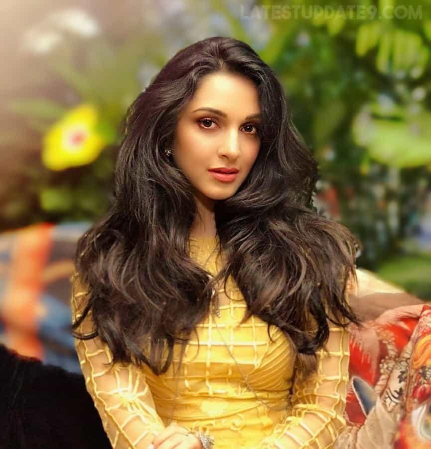 Kiara Advani Free Hair Style Beautiful Images