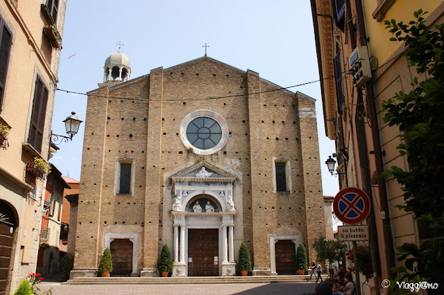La facciata del Duomo della Santissima Annunziata di Salò