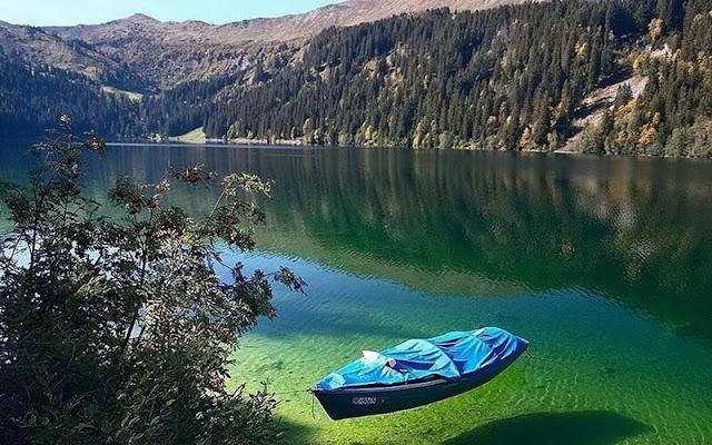 Blue Lake Nelson en Nueva Zelanda