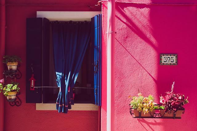 Burano, Wenecja, najbardziej kolorowa włoska wyspa, jak dojechać, co zwiedzić, gdzie zjeść