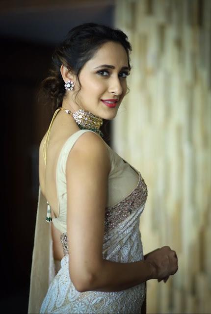 Beautiful Indian Girl Pragya Jaiswal In Sleeveless White Saree Navel Queens