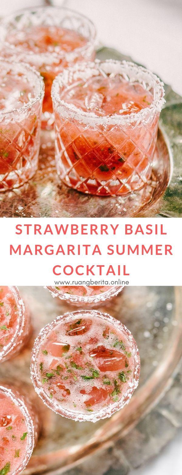 Strawberry Basil Margarita Summer Cocktail #drink #strawberry #basil #margarita #summer #coctail