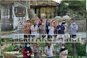 Rombongan Kemensos RI Bersama Kadinsos Gresik Diajak Keliling Pesona Wisata Setigi
