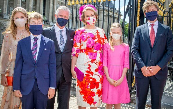 Queen Mathilde wore a new fuchsia dress by Dries Van Noten. Princess Elisabeth, Prince Gabriel, Princess Eleonore, and Princess Astrid