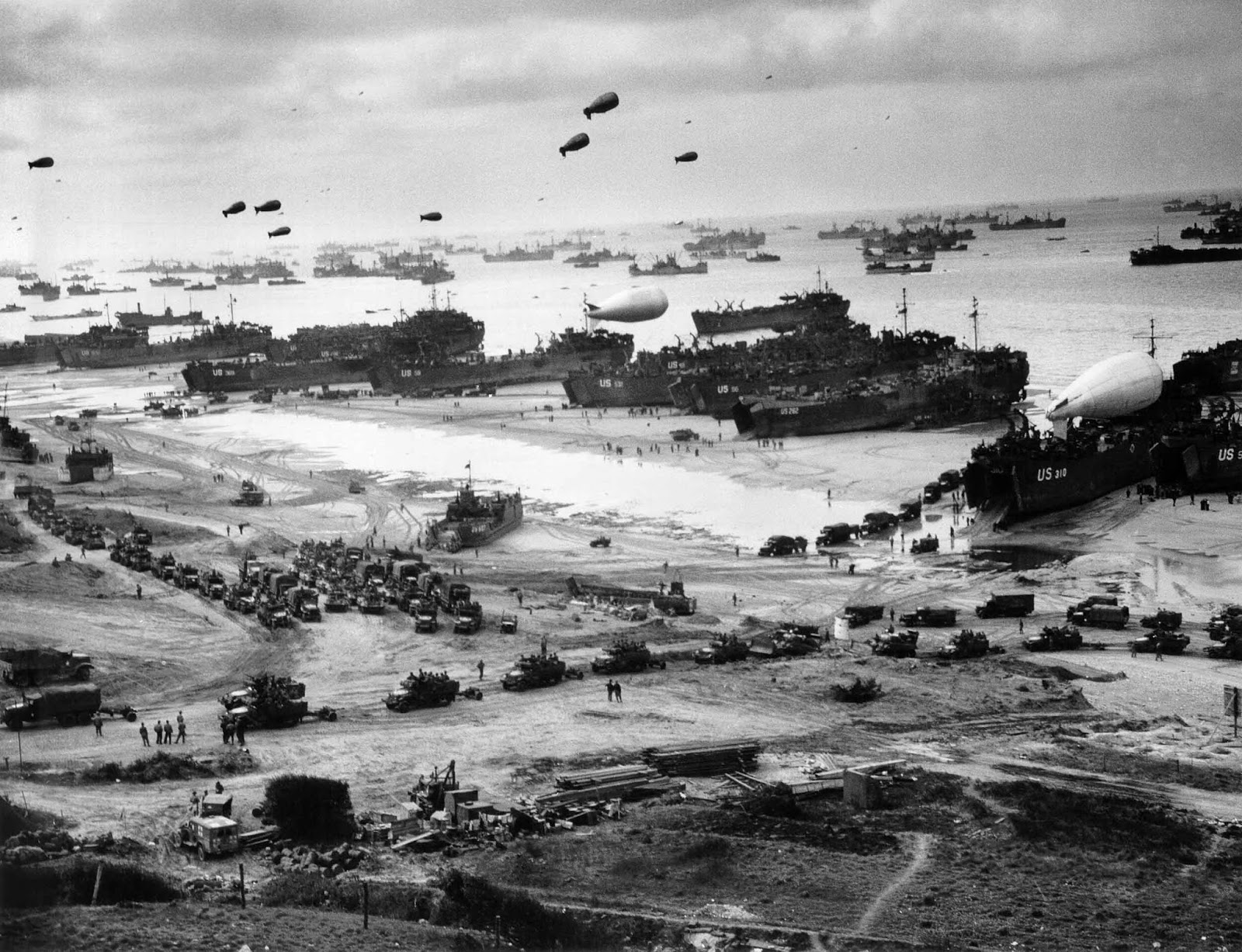 On June 1944, the Allies invade Western Europe in the largest amphibious attack in history.