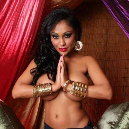 Priya Rai Nude Pics 35